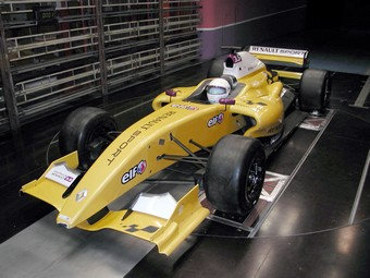 Formule 1(Renault) dans la soufflerie S10
