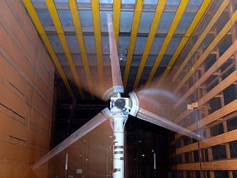 Etude dynamique d'un rotor d'éolienne dans la soufflerie S6